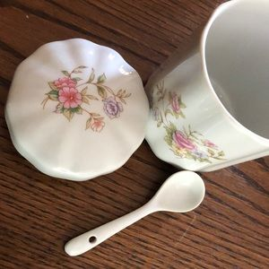 Other - Cute Floral Sugar or Tea Container With Spoon